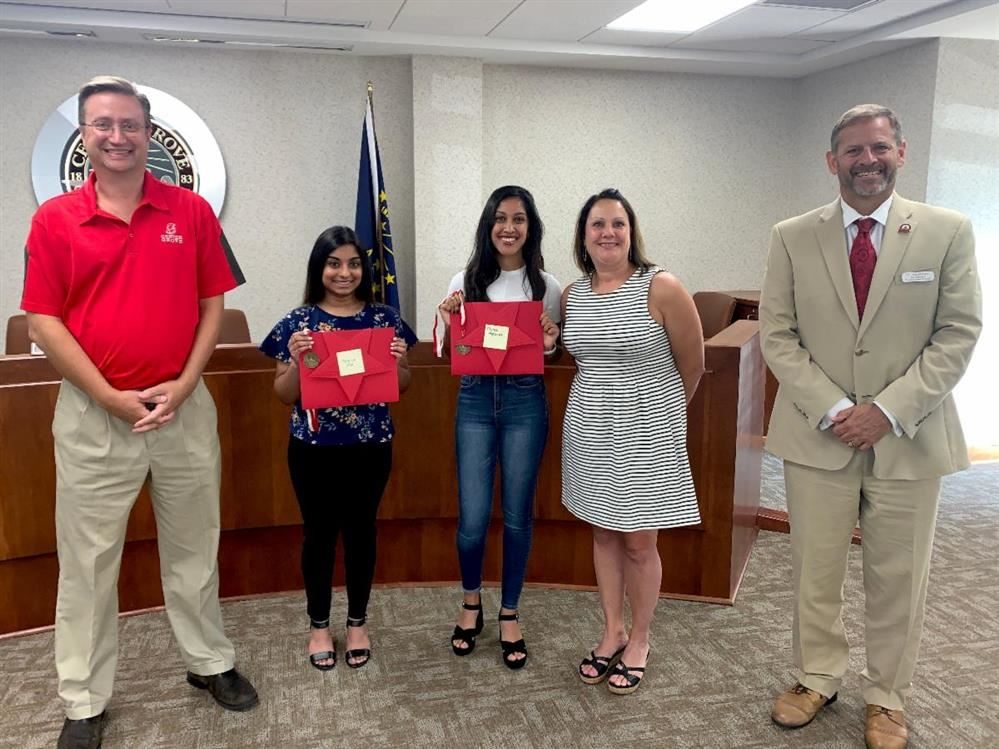 Board awards Shining Star to CGHS seniors